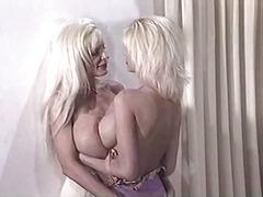 Дівчата Лесбійки Літні Сексуальні Матусі Молоко