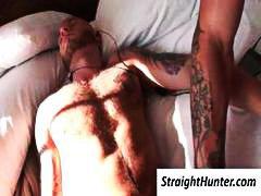 אנאלי מציצות זין ספה הומואים