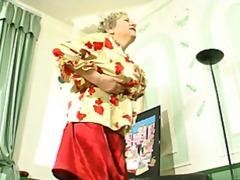 בלונדיניות שמנמנות זין סבתות רוסיות