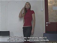 Amatör Blond Avsugning Tjeckiska Offentligt
