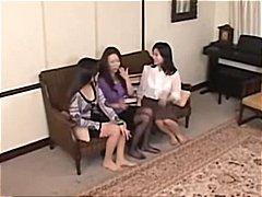 Aziatky Roztomilé dievčatá Chlpáčky Japonky Lesbičky