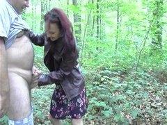 Amatrice baise dans les bois