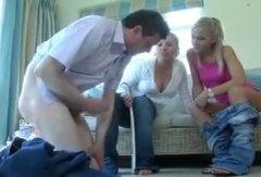 بريطانية كاسيات القذف نساء مسيطرات حب الأرجل