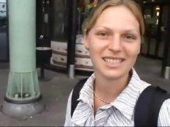 Baguhan Blonde Czech Pinutukan Sa Mukha Malupit
