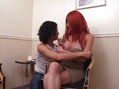 Анални Типче Црвенокоса Женска со кур Тинејџери