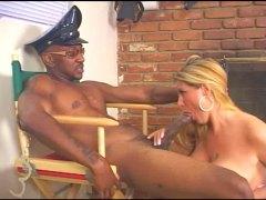 Големи цицки Црн Кур Меѓурасно Зрели за секс