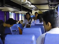 მოყვარული პირში აღება ავტობუსი