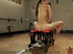 Brunetky Dildo Stroje Masturbácia Orgazmus