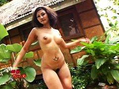 Aasia Õrn seks Stripp