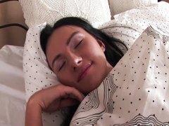 מיטה מציצות גמירות