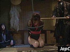 אסיאתיות סאדו שעבוד פטיש יפניות