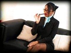 אסיאתיות ביגוד תחתון מזכירות