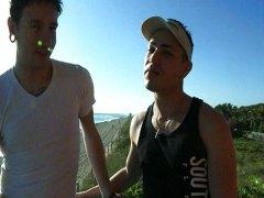 אנאלי הומואים לטיניות זין