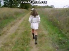חרמניות אוננות עירום בחוץ ציבורי