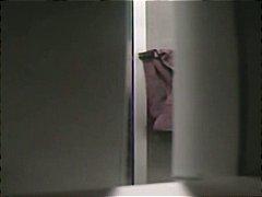 חובבניות צרפתיות ווייר מצלמה נסתרת אמבטיה