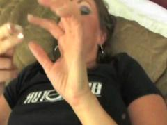 Šikna Brunetės Klitoris Dirbtinė Varpa Su Pirštu