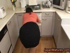 Amatööri Aasialainen Japanilainen Milf Äitee