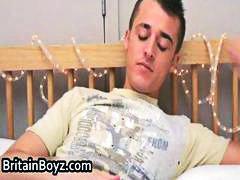 Британски Педер Дркање Тинејџери Педер кремац