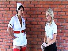 Со долги цицки Лезбејки Медицинска сестра Школо