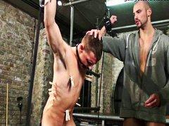 סאדו בחור צעיר הומואים עבדים זכר