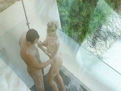 אנאלי בלונדיניות בחוץ מקלחת בלונדיניות