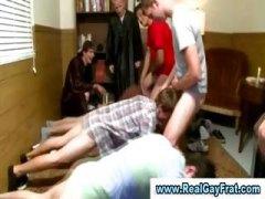 חובבניות מכללה הומואים קבוצתי מסיבה