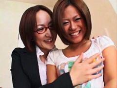 טוטה חמודות משקפיים שעירות יפניות