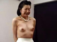 Азіатки Бабусі Японки Вона Дрочить Літні