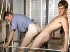 אנאלי ללא קונדום הומואים אוראלי רטרו