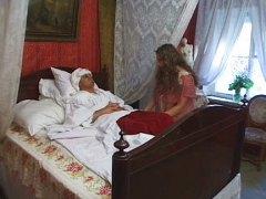 אחיות רוסיות וינטג חזה גדול