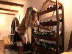 חובבניות בלונדיניות מציצות מגפיים גרבי רשת