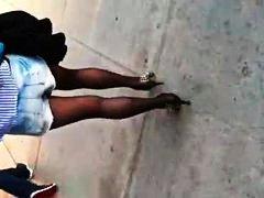 חובבניות אסיאתיות בחורה חצאית גרבונים
