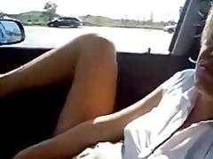 חובבניות מכונית אוננות ציבורי נשואה