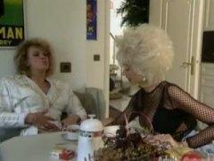 Anaal Blondid Lähivõte Saksa Grupikas