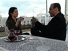 זיון קבוצתי בגידה מהנה עקרת בית איטלקיות נשואה