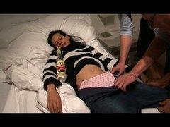 Μεθυσμένη Ομαδικό Ύπνος Νεαρή Ύπνος