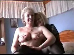 סבתות לסביות ביגוד תחתון מבוגרות משחק