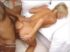 Analsex Blonde Laba Sperma Aruncata