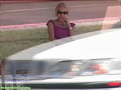 Блондинки Фетіш Вона дрочить На вулиці На публіці