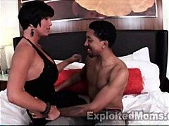 Шмукање Секс со помлади Свршување Свршување в лице