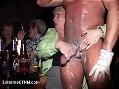 Ερασιτεχνικό Γυμνό Αρσενικό Μεθυσμένη Παίξιμο