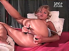 Blonde Pranses Pagjajakol