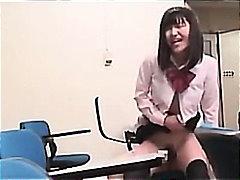 აზიელი გოგო იაპონელი სკოლა