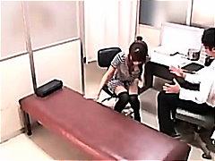 Аматери Азиски Шмукање Свршување внатре Доктор