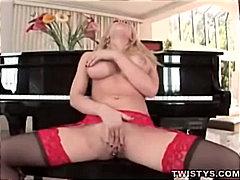Blondid Masturbeerimine Raseeritud Sukad Suured rinnad