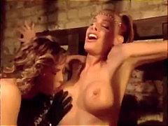 Blondid Sidumine Rinnakas Lesbi Pornostaar
