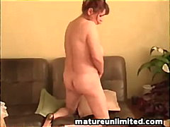 Mature mom and masturbating solo