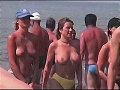 Na Plaży Kompilacje Ukryta Kamera Na Zewnątrz Piersi