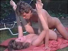 სექს პოზა 69 ბიკინი პირში აღება
