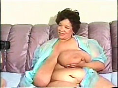 کس تپل دهنی چاق آبنوس سیاه تپل